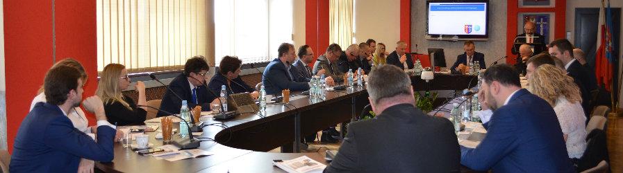 Z obrad V Sesji Rady Powiatu Krośnieńskiego