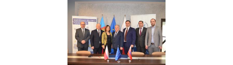 Podpisanie umowy na realizację polsko – słowackiego projektu